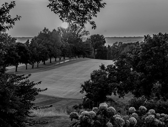 0816 photo club sunset at the 18th hole by leslie Treas bw sized
