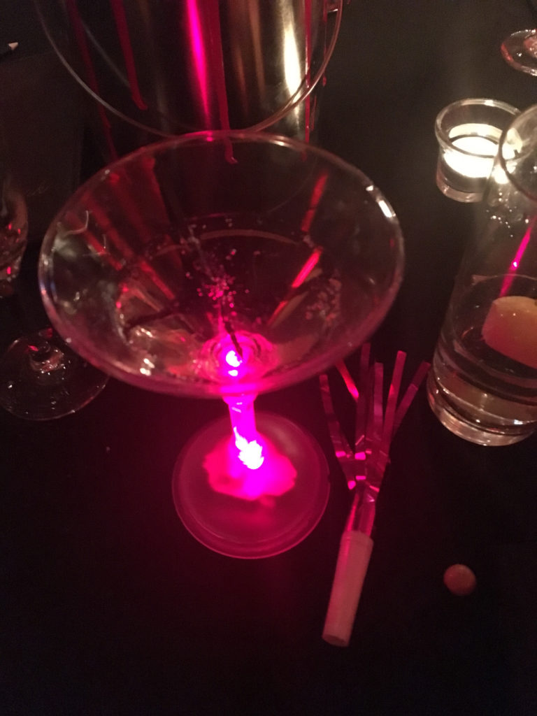 0118 lighted martini glass